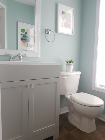 Inexpensive Ways To Update Your Powder Room From Boring To - Cheap ways to update bathroom